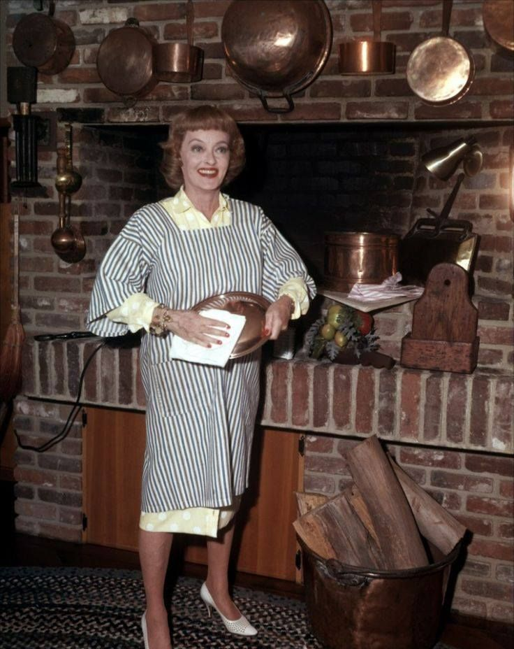 Bette Davis' Spinach-Stuffed Filets