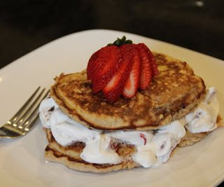 Strawberry Shortcake Pancakes {Dinners, Dishes, and Desserts}