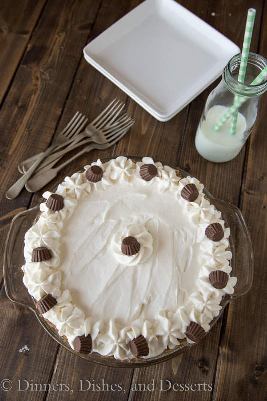 Chocolate Peanut Butter Cream Pie - Rich and creamy peanut butter and chocolate together!