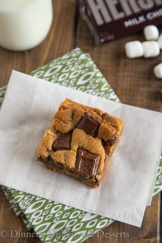 S'mores Cookie Bars - a classic summer treat you can make any time of the year