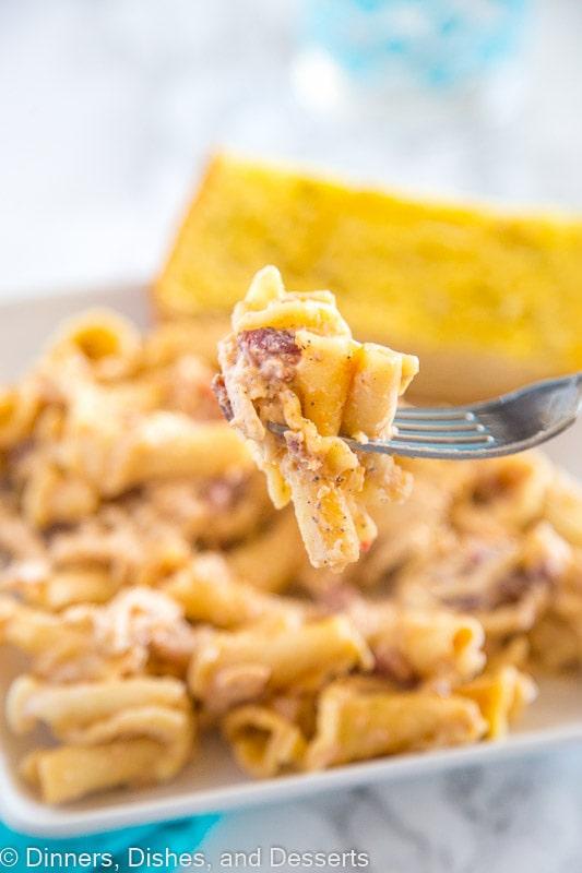 smokey garlic chicken pasta bite