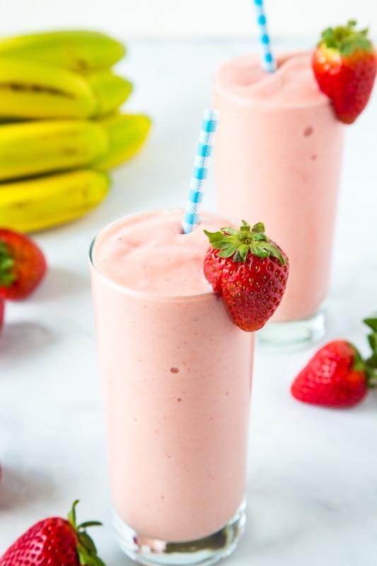 Make the Jamba juice Aloha Smoothie at home!