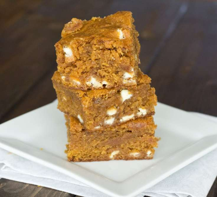 Pumpkin Biscoff Blondies