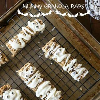 Mummy Granola Bars