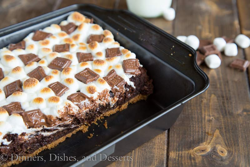 S'Mores Brownies {Dinners, Dishes, and Desserts}