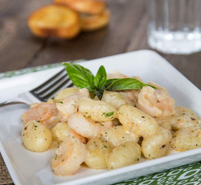 Gnocchi Shrimp Scampi - quick comforting dinner the whole family will devour