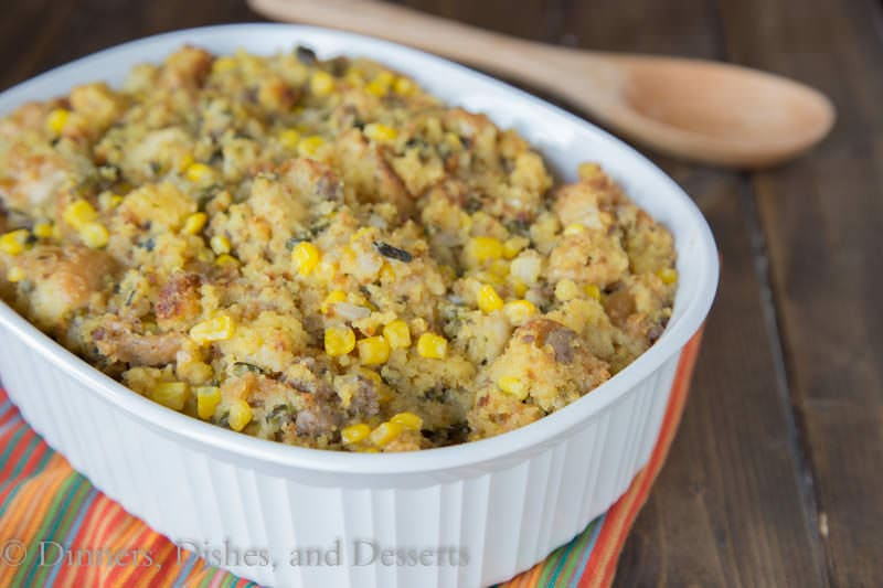 Southwest Cornbread Stuffing {Dinners, Dishes, and Desserts}