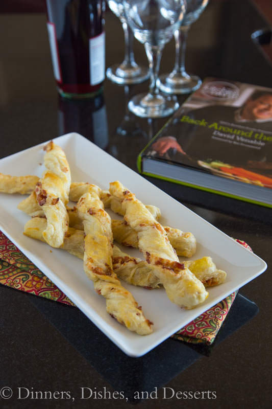 Bacon Cheese Straws - a great appetizers full of cheesy, bacon-y goodness!