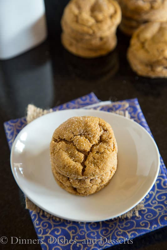 Chewy Molasses Cookies - Perfectly spiced, tender and chewy molasses cookie