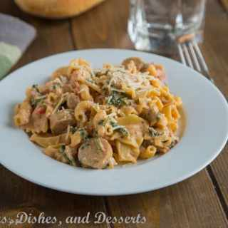 Creamy Sausage Spinach Pasta {Dinners, Dishes, and Desserts}