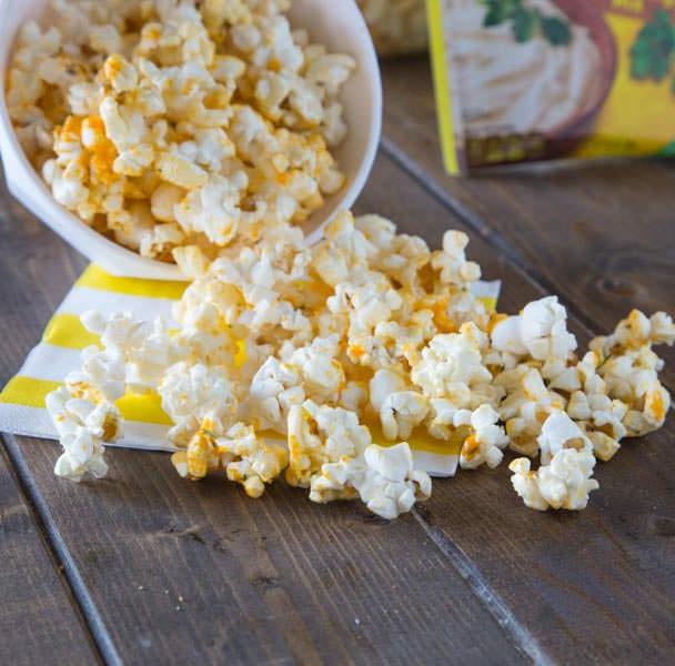 Zesty Cheddar Popcorn DDD spill square