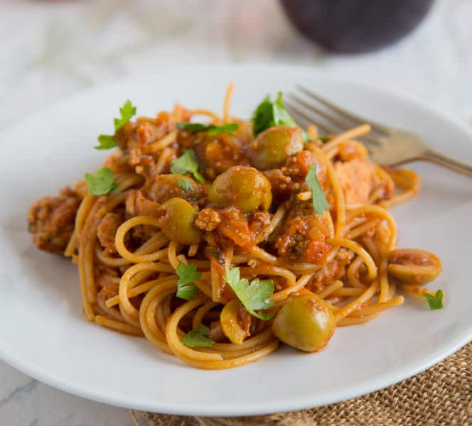Spanish Spaghetti with Olives