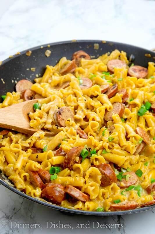 one pot cajun pasta in a pan
