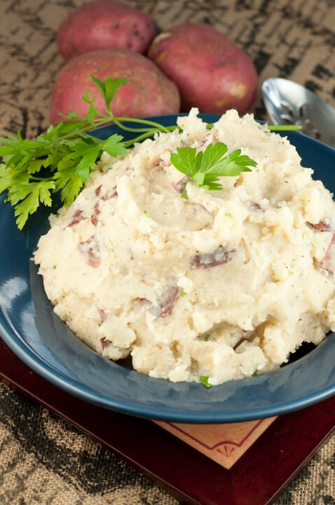 Slow Cooker Buttery Mashed Potatoes {Wishes and Dishes}