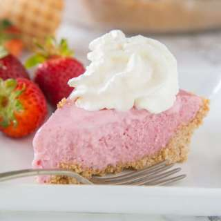 strawberry milkshake pie on a plate
