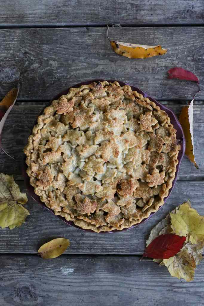 Maple Chai Apple Pie {Foodie with Family}
