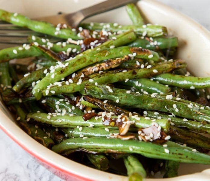 Roasted Green Beans with Sesame and Garlic
