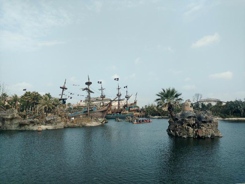 Shanghai Disney Pirate Ships