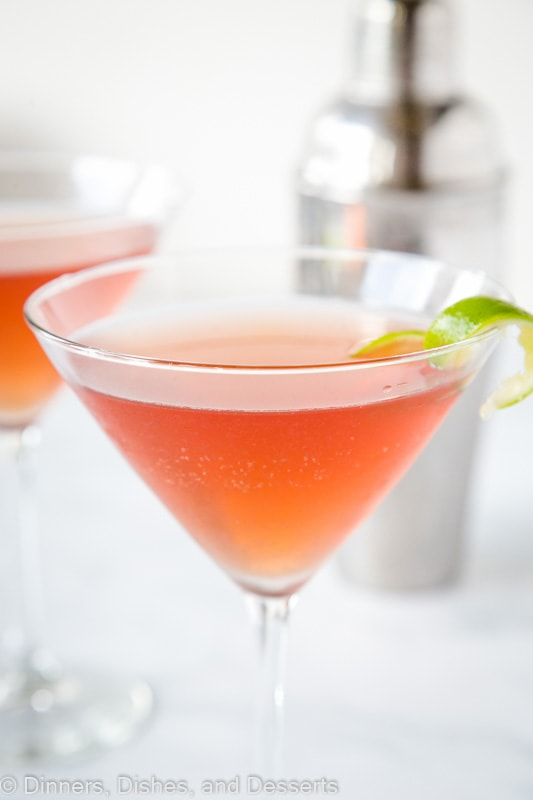 A classic Cosmo drink recipe that is refreshing, easy and delicious