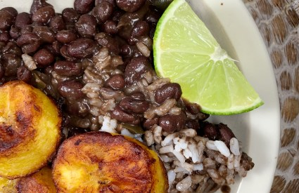 black beans with plantains