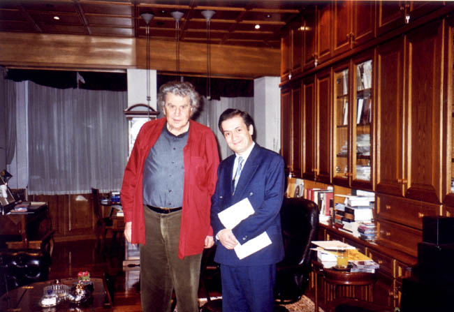 with Mikis Theodorakis at his house - the day he gave me the sheet music of his 44-year lost Piano Concerto 'Helikon' in order to perform its world-premiere (15.12.2004)