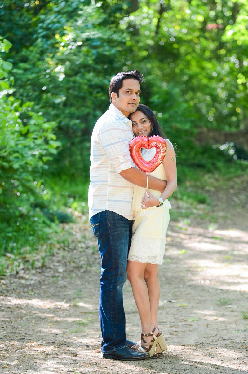 Ashish-and-Jignasa-Engagement_377
