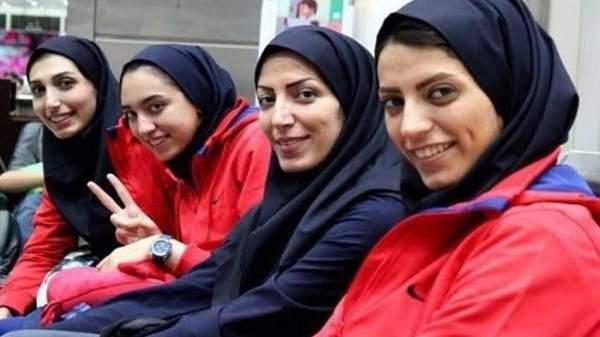 Israeli Womens convert to Muslim