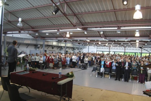 L'assemblée venue en nombre.