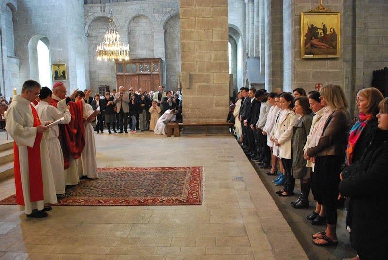 Confirmations d'adultes et premières des communions à Périgueux