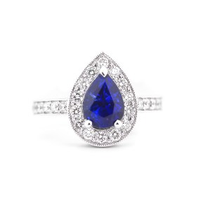 blue-sapphire-diamond-engagement-ring