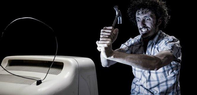 Non hai il televisore e NON vuoi pagare il canone RAI? Ecco come evitare l'addebito nella bolletta elettrica