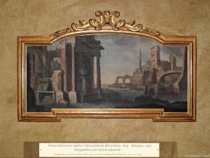 Pietro Paltronieri (detto il Mirandolese) (Mirandola, 1679 – Bologna, 1741) | Prospettiva con rovine classiche | Tempera su prima tela nella sua cornice originale d'epoca, cm. 71 x 153.