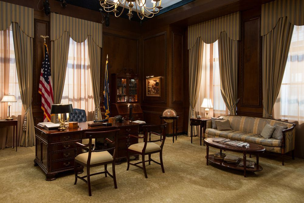 Items from the Secretary's office donated to National museum of american diplomacy