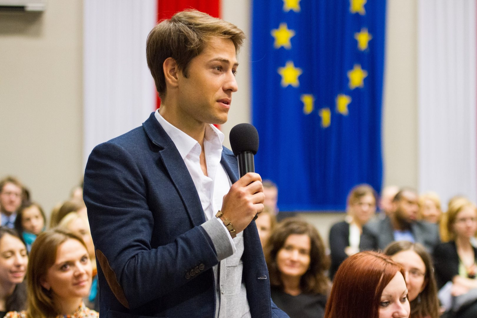 Academy of Young Diplomats – apply until 14th November!