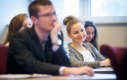 Ostatnia tura rekrutacji do XIII edycji Akademii Młodych Dyplomatów rozpoczęta!