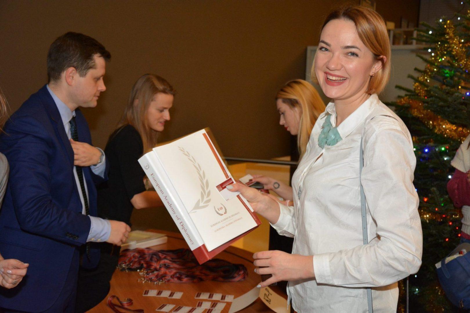 Pierwsza sesja 13 edycji Akademii Młodych Dyplomatów