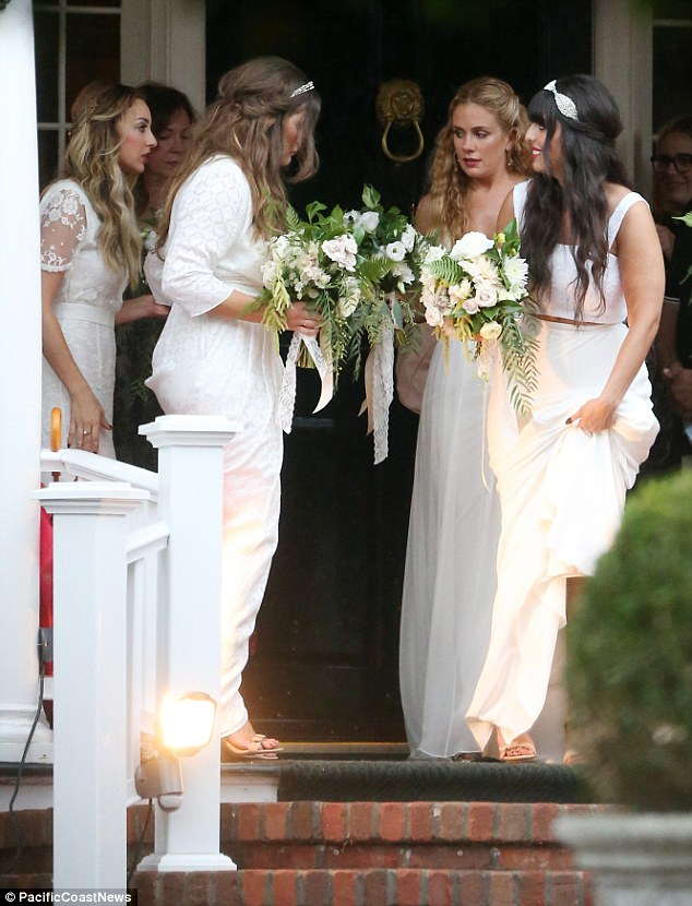 Pics From Ashlee Simpsons Bohemian Wedding to Evan Ross See Her Bridesmaids Wedding Gown  More