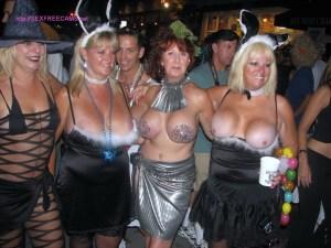 HALLOWEEN sex sex 1172696120 dir3x.com