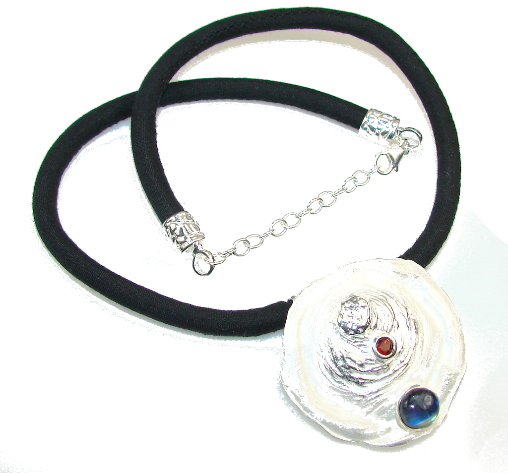 Amazing Design!! Italy Made African Kyanite Sterling Silver necklace