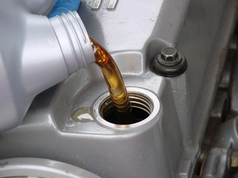 5 mitos sobre el aceite del motor