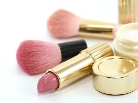 ¿De que estan elaborados los cosmeticos?