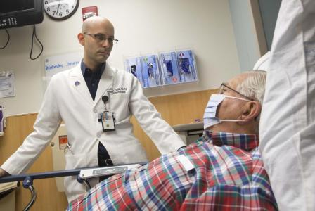 Doctor with ER patient