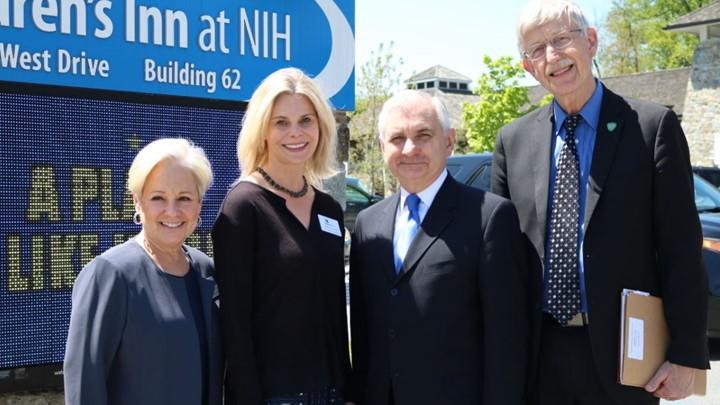 Francis Collins and Children's Inn Staff Meeting Senator Reed