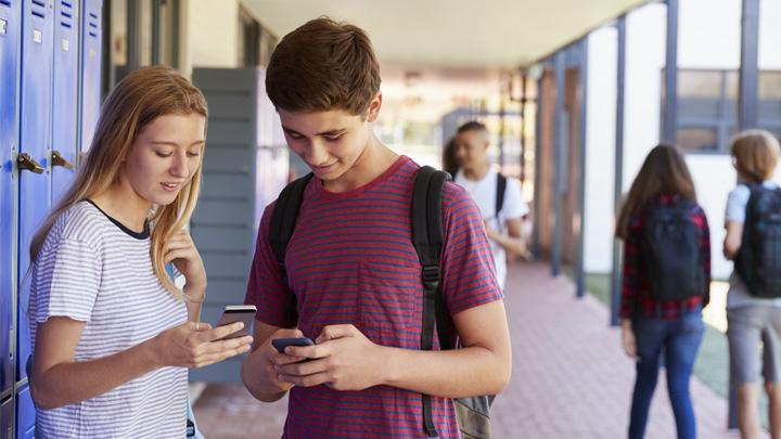 Teens using smart phones