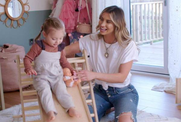 Ferne McCann: First Time Mum (Series 5)
