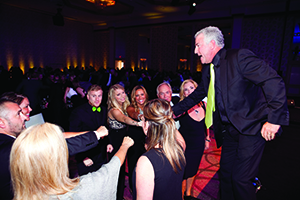 Mark Pentecost shows the team spirit of It Works! during the Global 100 Celebration.
