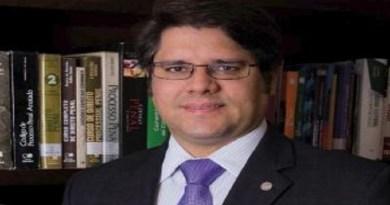 """Des. Leonardo Henrique homenageado com a Comenda """"Ordem do Mérito do CNOMP"""""""