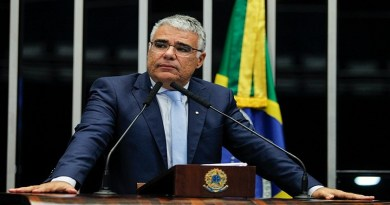 Senador Eduardo Girão vê digitais do Centrão na indicação do des. Kássio Marques ao STF