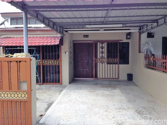 D-Suria-Homestay-Bandar-Melaka-4