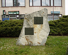 220px-Nehvizdy_pomnik